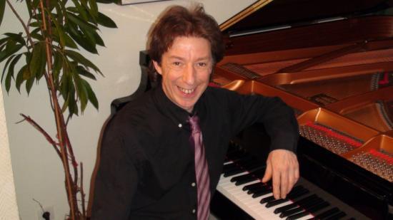Jérôme RIQUEZ Accordeur Technicien de Pianos