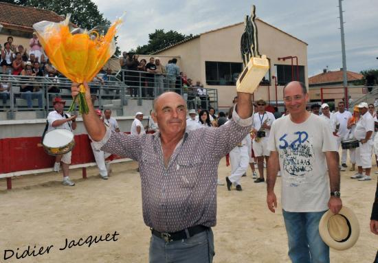A Robert Ruiz de l'Argenière, le Trophée André Batte pour son taureau Aragon