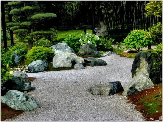 Faux rocher sc ne min rale rocailleur sculpteur paysagiste for Rocher jardin japonais