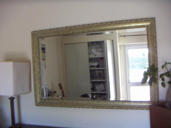 Tour range cd meubles miroir for Ameublement tours