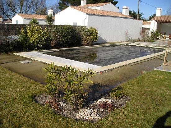 tour de piscine am nag e par nos paysagistes sur noirmoutier. Black Bedroom Furniture Sets. Home Design Ideas