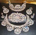 toujours plus de bijoux avec ces parrures utiser pour les plus grande ceremonie mariagefiancail etc - Parure Mariage Oriental Pas Cher