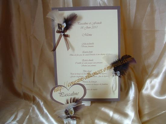 ensemble marque place coeur et menu ivoire choco arums
