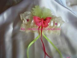 ivoire vert anis fushia, papillon fushia