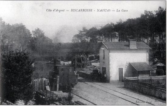 Une 030T Born en gare de Naouas