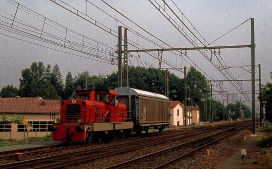 BB 207 à Labouheyre en juin 1987