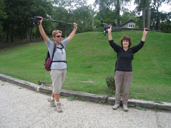 Elena et Annette font leurs étirements