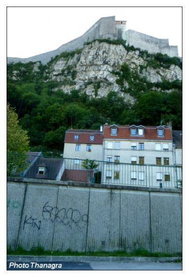 Besançon et la citadelle.jpeg