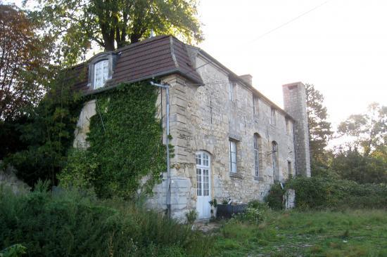 Maison abandonnée à Hérouville