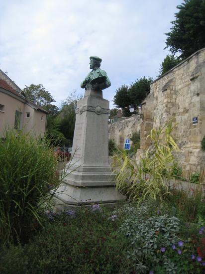 Buste de Daubigny à Auvers sur Oise