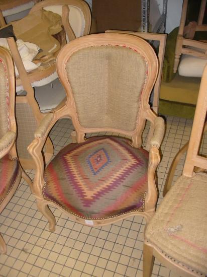 Garnissage fauteuil voltaire prix for Comment restaurer un fauteuil