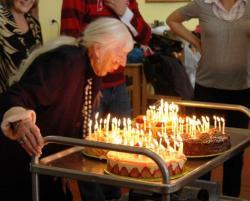 100 bougies pour ma grand'mère !!!