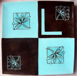 plat 4 carrés turquoise/chocolat