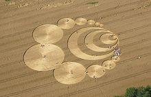 Crop circle reçu en 2007 dans CROP CIRCLES 220px-CropCircleW