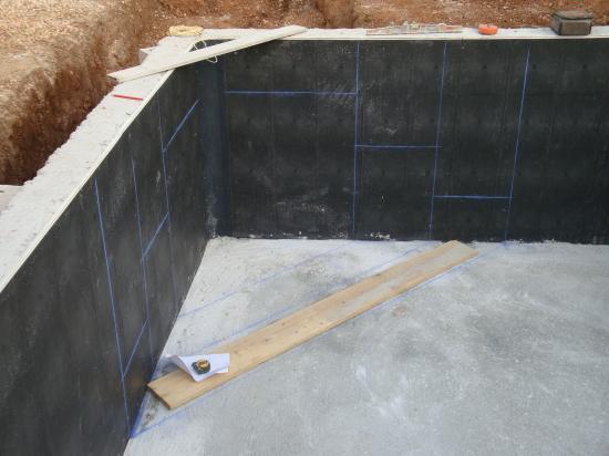Vendredi 8 Et Lundi 12 Octobre, Construction De L'Escalier D'Angle