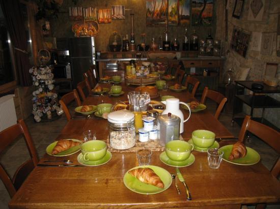 Petit déjeuner à La Vercorelle