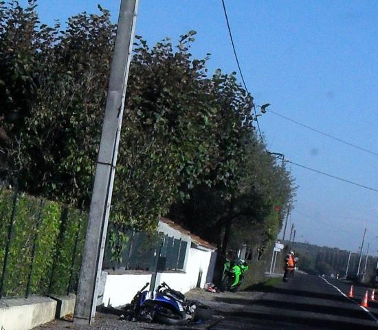 un motard l 39 h pital montoldre dans l 39 allier des motards en col re clermont ferrand. Black Bedroom Furniture Sets. Home Design Ideas