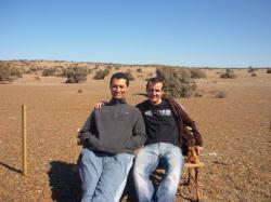 Guillermo y Julien... y un pinguino (lo pueden ver?)
