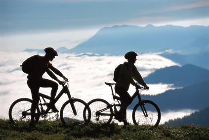 Le plaisir de faire du vélo avec des amis