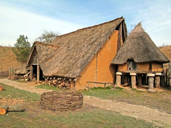 L 39 abita de l 39 homme prehistorique for Site de la maison