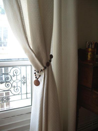accessoire double rideaux. Black Bedroom Furniture Sets. Home Design Ideas