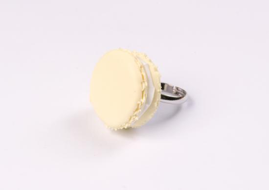 bague macaron vanille