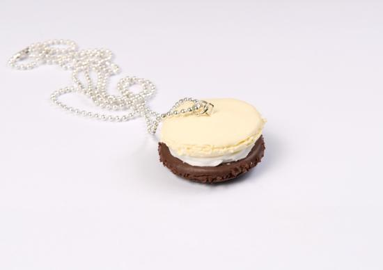 sautoir macaron choco/vanille