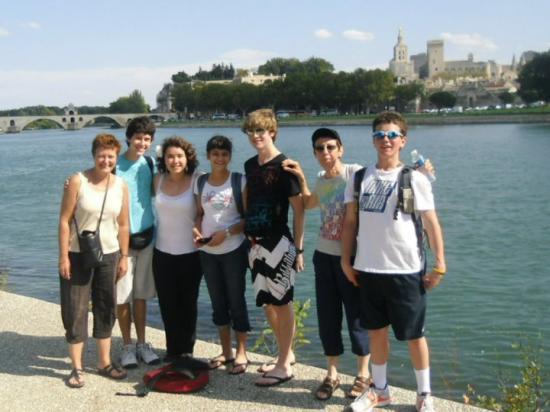 Accompagnatrice, Anthony, Niki, Sarah,John, Accompagnatrice, Michel