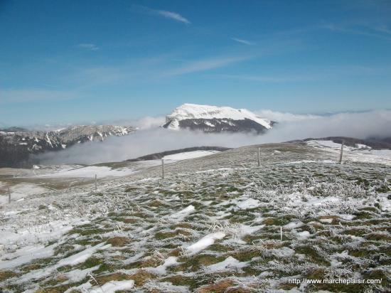 Vue sur le Roc de Toulau 1581 m