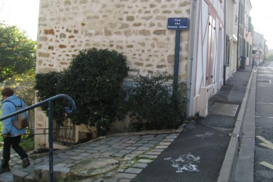 Rue des Dames Gilles