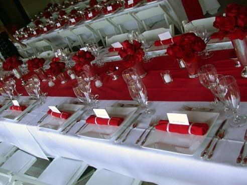 Marque place - Decoration salle mariage rouge et blanc ...
