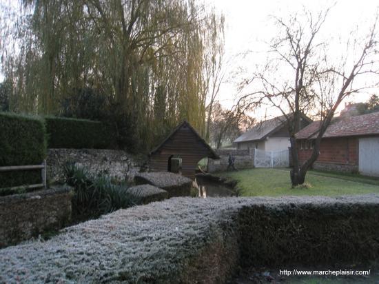 Lavoir à Delincourt (60)