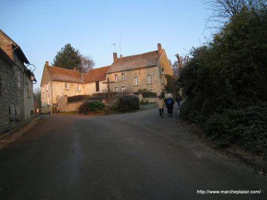 Montée des Groux, au calvaire, à Delincourt