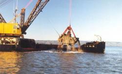 Travaux de dragage en mer