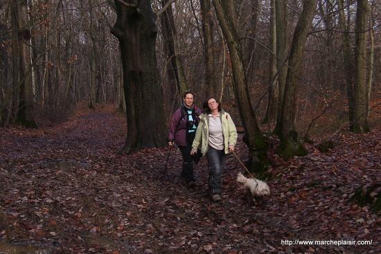 Catherine et Ulysse son chien, Annick derrière