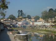 Eaux sacrées de la Bagmati à Pashupatinath
