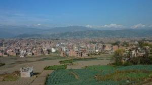 Vue sur les toits de Bakhtapur et l'Himalaya