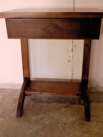 Table de chevet for Univers du meuble heures d ouverture