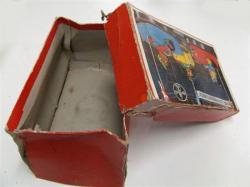 Boîte de jouets en carton