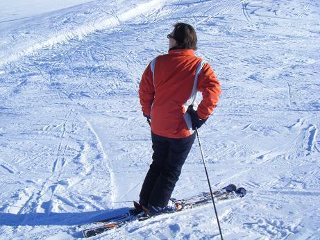 Bien choisir ses skis avant de dévaler les pistes