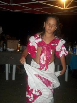 Amandine danse le séga!