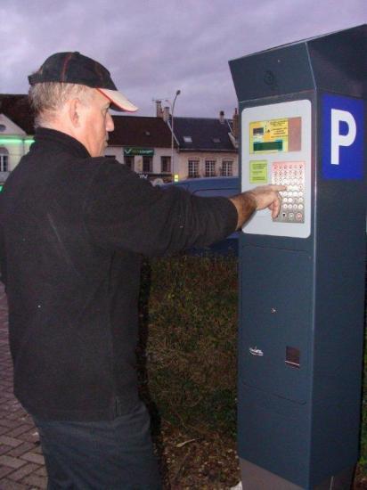 Un horodateur sur la place du Luxembourg