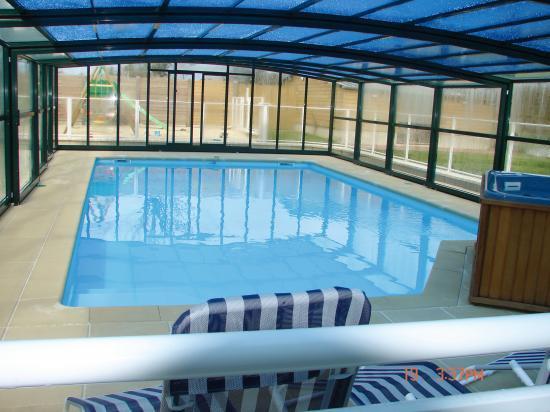 La piscine couverte est chauff e toute l 39 ann e vos for Vacances en normandie avec piscine
