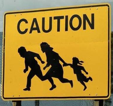 SS, prudence, les familles sont des clandestins !