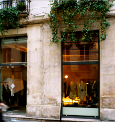 Moon Young Hee, a poetic fashion designer in le Marais, Paris