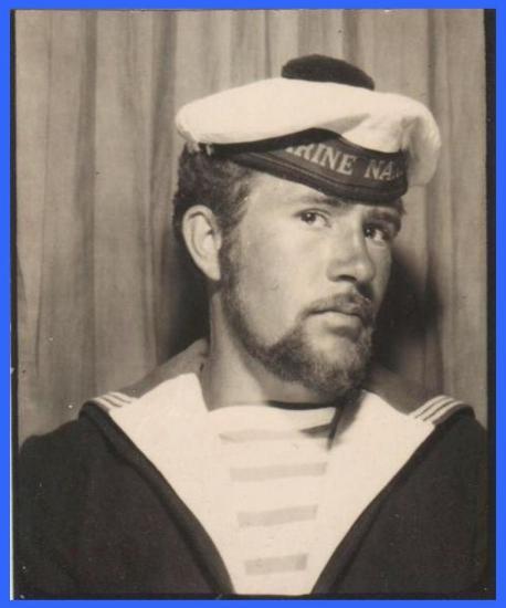 ((Autoportrait - Marine nationale - Marseille - 1963.