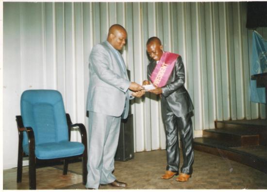 LE PRESIDENT DU PARLEMENT DES JEUNES ET LE MINISTRE DE LA JEUNESSE, LORS DE L'OUVERTURE DU DIALOGUE NATIONAL SOUVERAIN DES JEUNES DE LA RDC