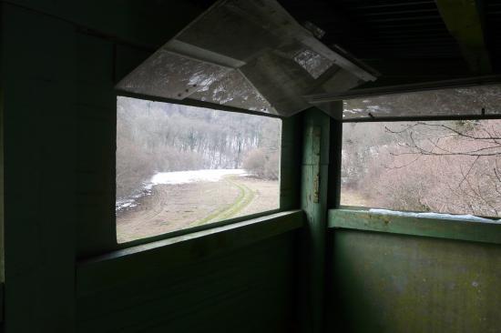 Vue de l' intérieur de la cabanne perchée