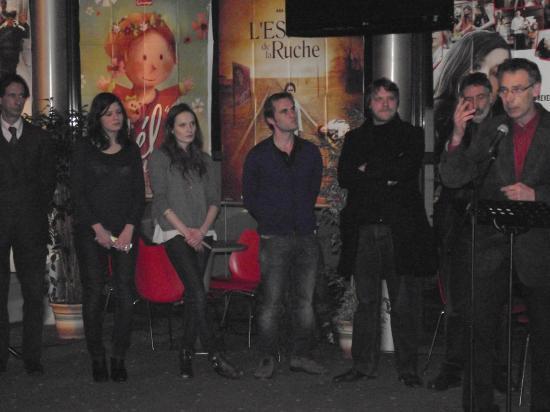 Le réalisateur Fabrice Gobert ( au centre )