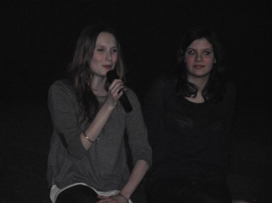 Selma Mouissi ( à droite )